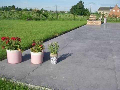 Terrasse En Béton Lissé Au Quartz Anthracite