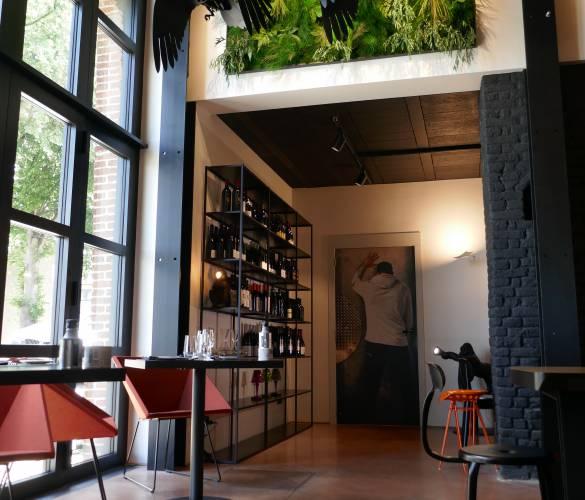 Restaurant Kook In - béton lissé teinte rouille